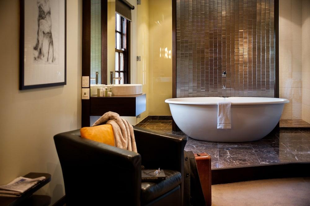 페퍼스 미네랄 스프링스 호텔(Peppers Mineral Springs Hotel) Hotel Image 34 - Bathroom