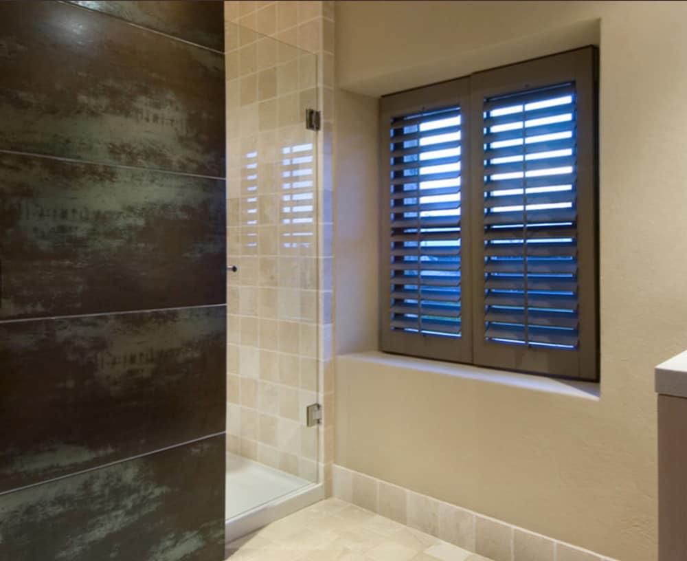 페퍼스 미네랄 스프링스 호텔(Peppers Mineral Springs Hotel) Hotel Image 37 - Bathroom
