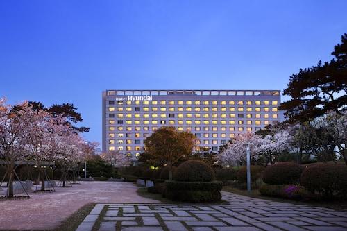 . Hotel Hyundai by Lahan Ulsan