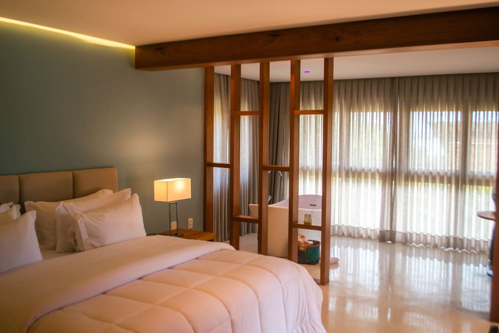 https://i.travelapi.com/hotels/4000000/3900000/3894000/3893922/19e5d43e_z.jpg