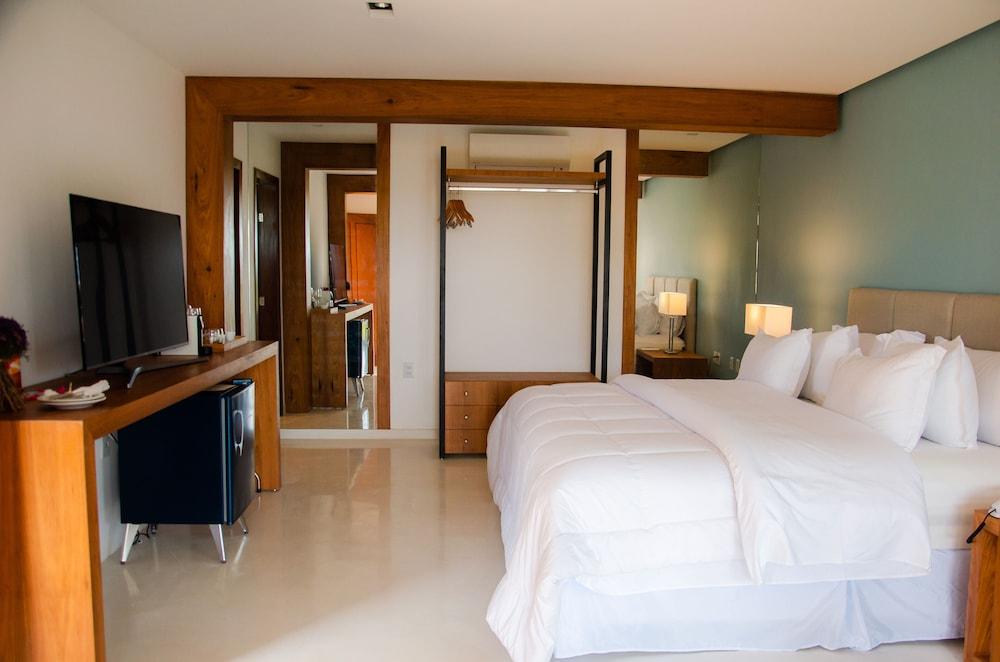 https://i.travelapi.com/hotels/4000000/3900000/3894000/3893922/9ab98cd7_z.jpg