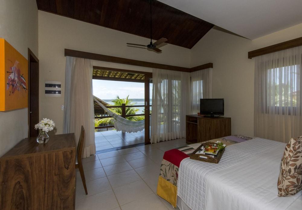 https://i.travelapi.com/hotels/4000000/3900000/3894000/3893922/fd5b3354_z.jpg