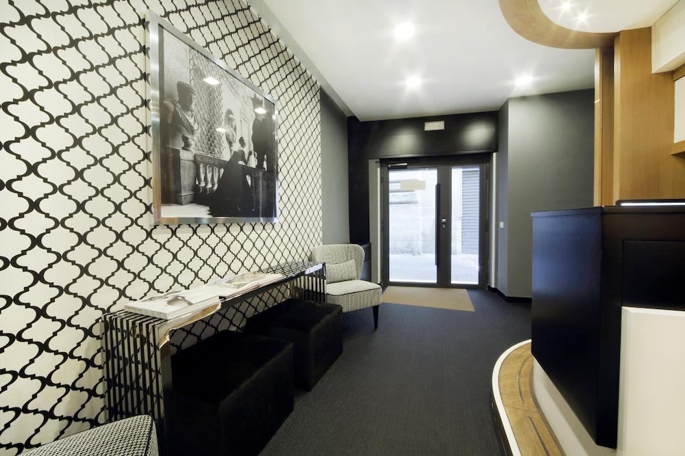 더 텔레그래프 스위트(The Telegraph Suites) Hotel Image 18 - Exterior detail