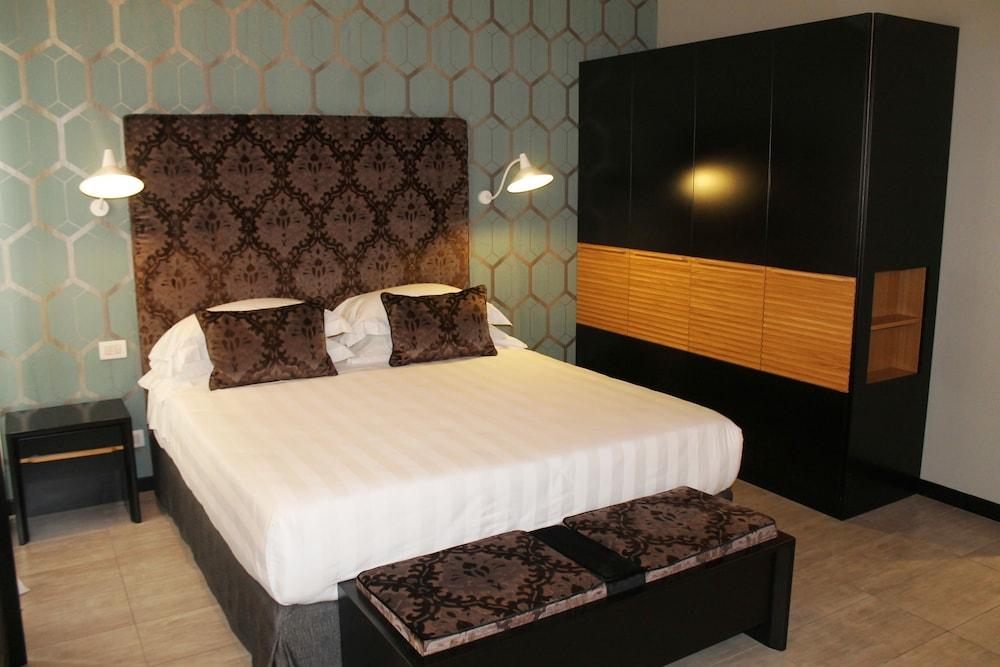 더 텔레그래프 스위트(The Telegraph Suites) Hotel Image 13 - Guestroom