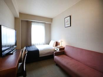 シングルルームシングルサイズベッド 1 台|16㎡|アパホテル〈札幌〉