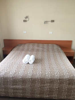Guestroom at Liberty Plains Motor Inn in Lidcombe