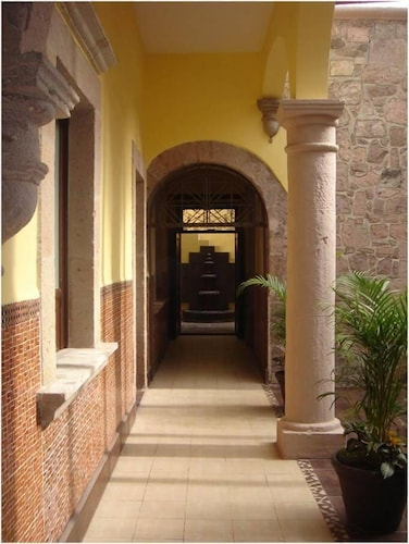 Hotel Zapata 91, Morelia