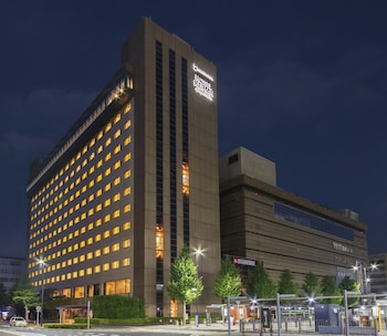 HOTEL KEIHAN KYOTO GRANDE Front of Property - Evening/Night