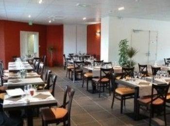 브릿 호텔 라드레스(Brit Hotel L'Adresse) Hotel Image 17 - Restaurant