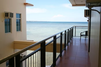 Cleverlearn Residences Cebu Beach/Ocean View