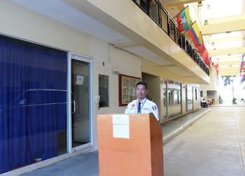 Cleverlearn Residences Cebu Hotel Entrance