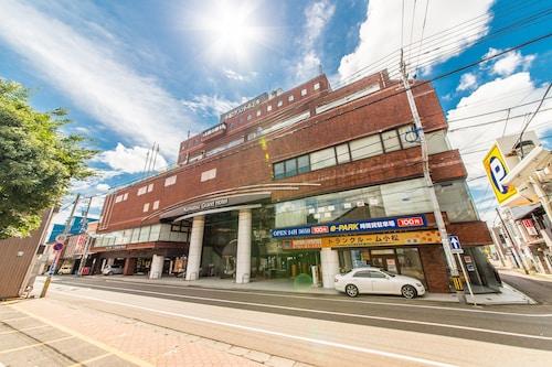. Apa Hotel (Komatsu Grand)