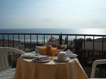 Hotel Sant Jordi trip planner