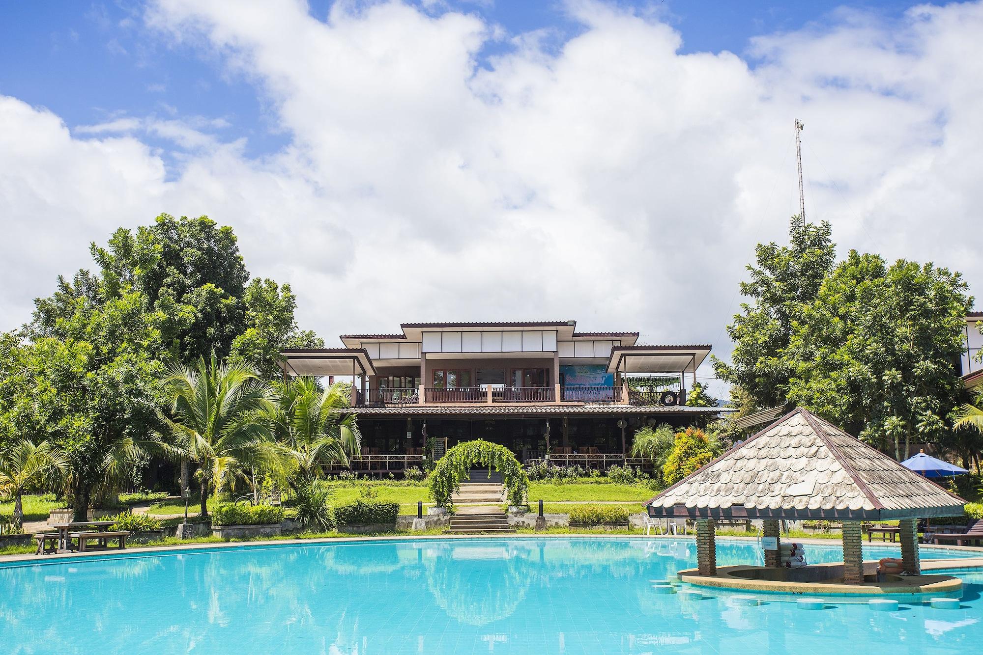 Nakakiri Resort & Spa, Thong Pha Phum