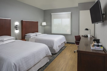 Houston Vacations - Four Points by Sheraton Houston Hobby Airport - Property Image 1