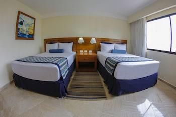 Exclusive Room, 2 Double Beds, Garden View