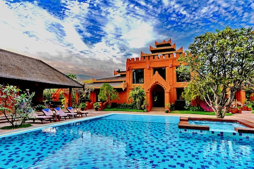 . Myanmar Treasure Resort Bagan