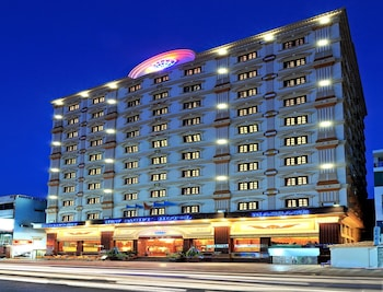 Hotel - New Pacific Hotel