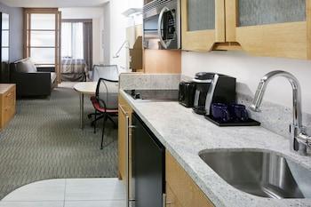 Deluxe Suite, 1 Bedroom, Kitchenette