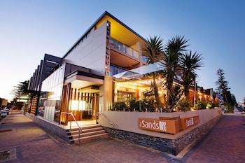 納拉賓海灘 - 睡帽普拉斯飯店 Narrabeen Sands Hotel by Nightcap Plus