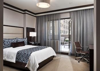 Standard Room, 1 Queen Bed, Balcony