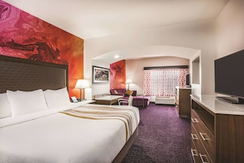 Deluxe Room, 1 King Bed, Non Smoking (Deluxe Executive Room)