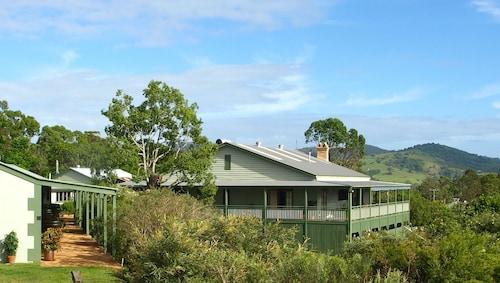 . Amamoor Lodge