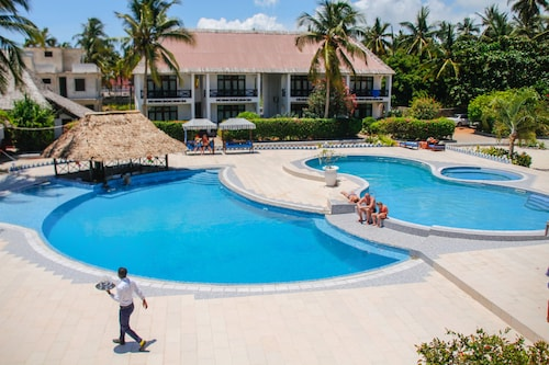. African Sun Sea Beach Resort & Spa