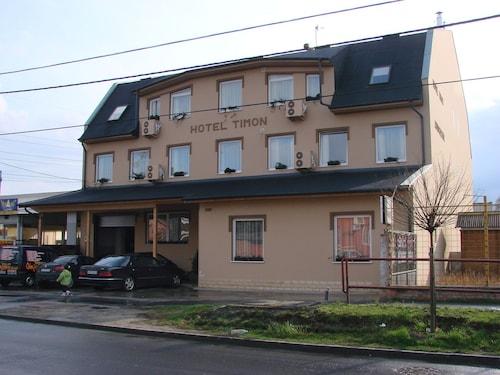 Hotel Timon, Budapesti