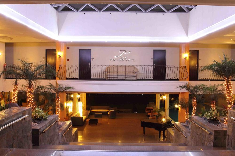 https://i.travelapi.com/hotels/4000000/3950000/3940900/3940858/691e4663_z.jpg