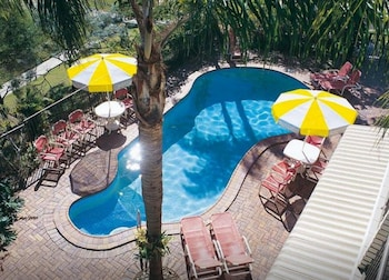 邦博拉渡假村 Bombora Resort
