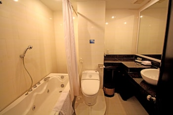 Phuong Dong Orient Hotel - Bathroom  - #0