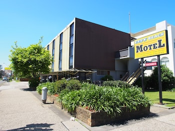 城市海灘汽車旅館 City Beach Motel