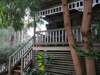 Adamsons Riverside Accommodation - Balcony  - #0