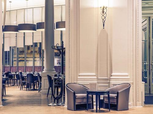 __{offers.Best_flights}__ Mercure Lille Roubaix Grand Hotel