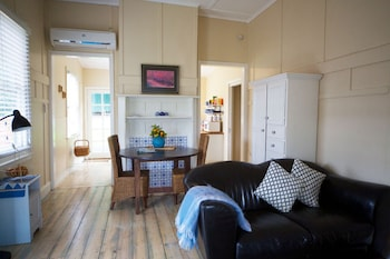 Healesville Apartments - Living Room  - #0