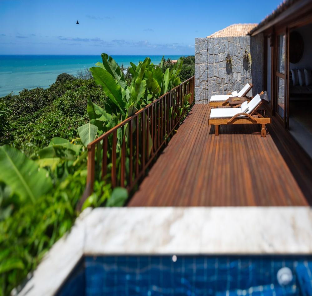 https://i.travelapi.com/hotels/4000000/3960000/3957900/3957851/aa840eec_z.jpg