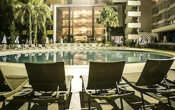 하파인 팰리스 호텔 & 컨벤션 센터(Rafain Palace Hotel & Convention Center) Hotel Image 1 - Pool