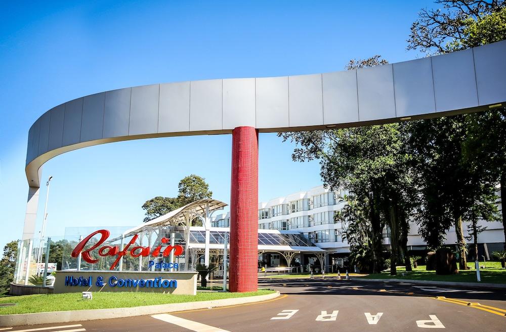 하파인 팰리스 호텔 & 컨벤션 센터(Rafain Palace Hotel & Convention Center) Hotel Image 51 - Hotel Entrance