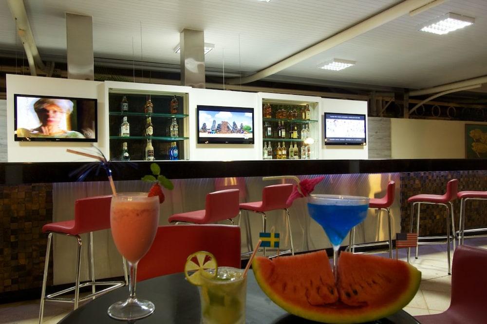 하파인 팰리스 호텔 & 컨벤션 센터(Rafain Palace Hotel & Convention Center) Hotel Image 44 - Sports Bar