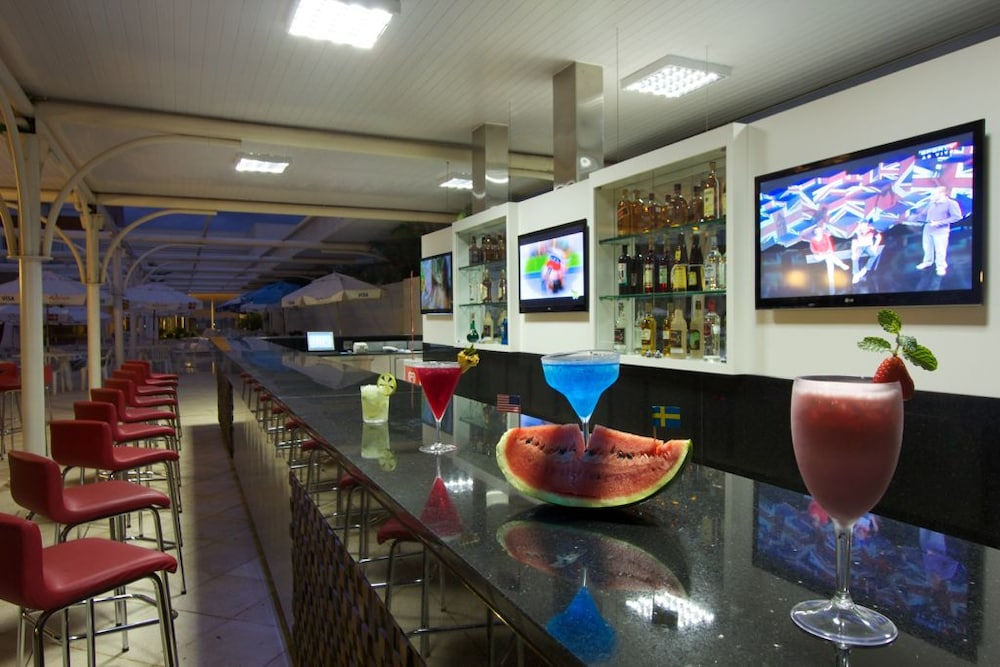 하파인 팰리스 호텔 & 컨벤션 센터(Rafain Palace Hotel & Convention Center) Hotel Image 46 - Sports Bar