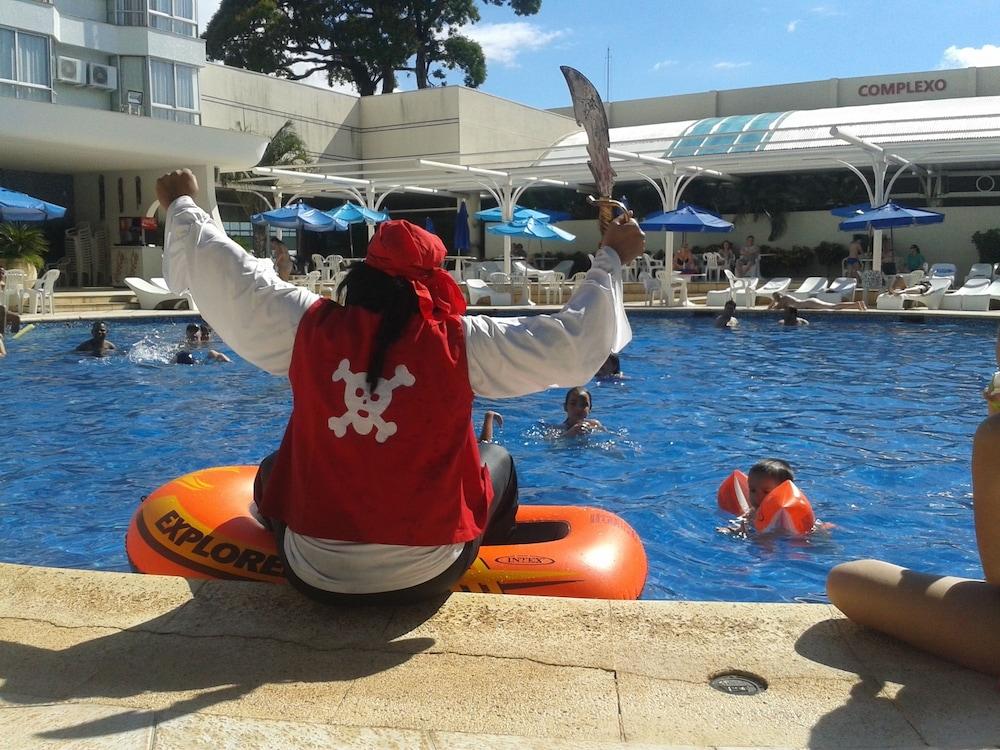 하파인 팰리스 호텔 & 컨벤션 센터(Rafain Palace Hotel & Convention Center) Hotel Image 25 - Outdoor Pool