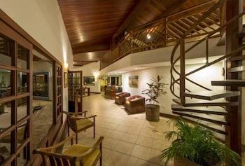https://i.travelapi.com/hotels/4000000/3960000/3958000/3957986/7326987d_b.jpg
