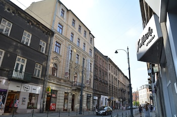 Aparthotel Pergamin - Hotel Front  - #0