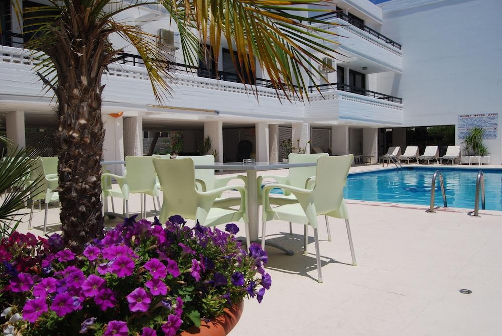 Agrino Hotel Apartments, Kiemelt kép