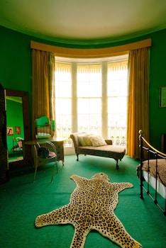 Superior Double Room (Bettie's Boudoir- above the bar)