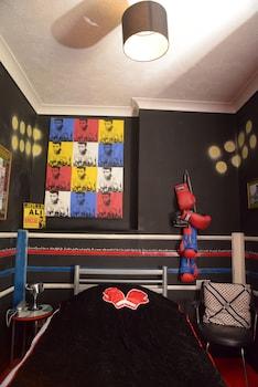 Single Room (Ali's Room)