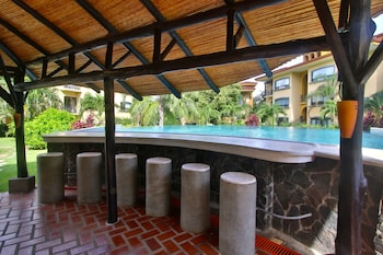 The Oaks Tamarindo Condominiums - Outdoor Pool  - #0