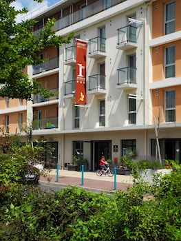 Hotel - 1ere Avenue Val Senart - Apartment