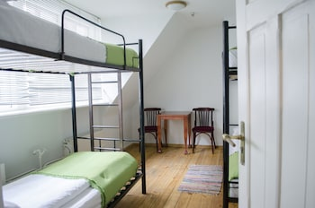 Single bed in 4 bed dorm, shared